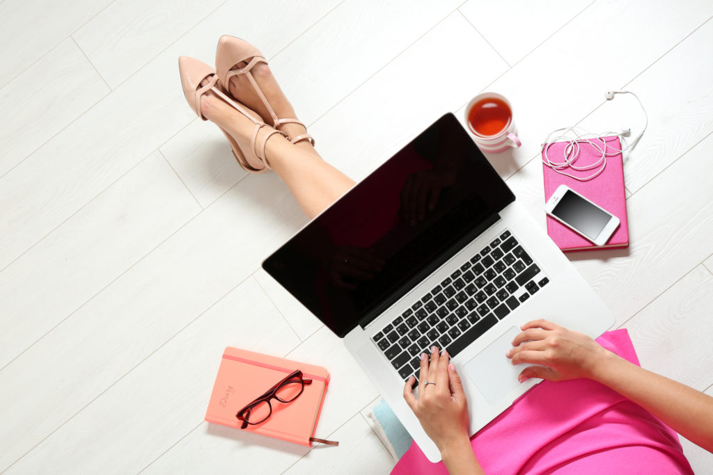 balance-side-hustle-working-full-time