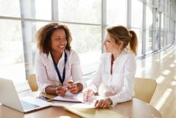 5-qualities-of-a-great-mentor-for-professional-women