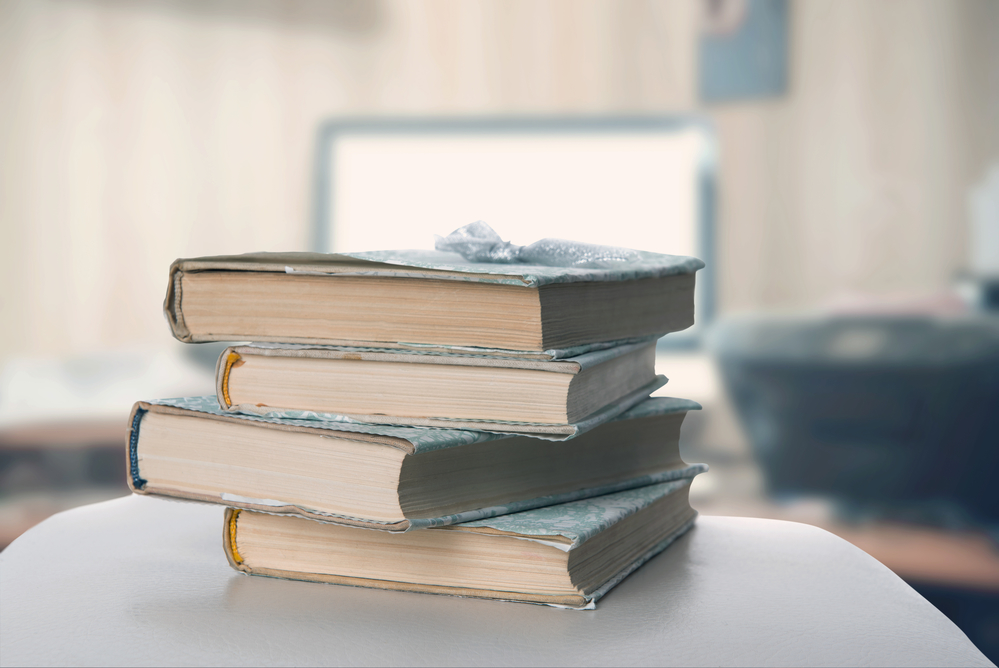 monday-motivation-8-empowering-books-every-woman-should-read